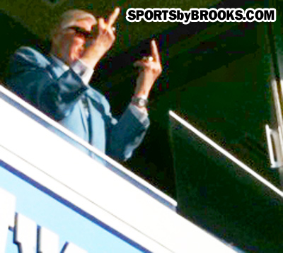 Bud Adams Flipping the Bird