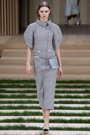 chanel-couture-spring-2016-pfw-1