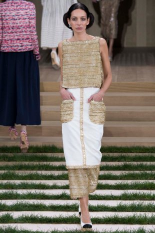 chanel-couture-spring-2016-pfw-11