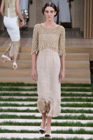 chanel-couture-spring-2016-pfw-19