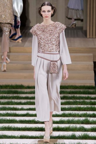 chanel-couture-spring-2016-pfw-20