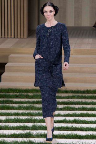 chanel-couture-spring-2016-pfw-3
