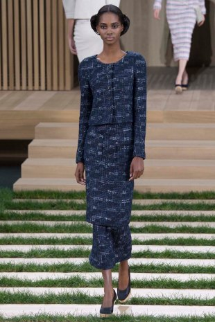 chanel-couture-spring-2016-pfw-4