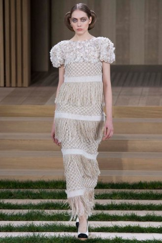 chanel-couture-spring-2016-pfw-45