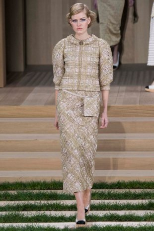 chanel-couture-spring-2016-pfw-6