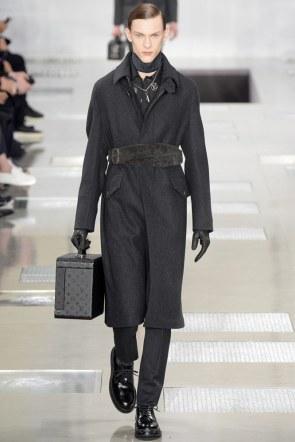 Louis-Vuitton-fall-2016-menswear-pfw-1