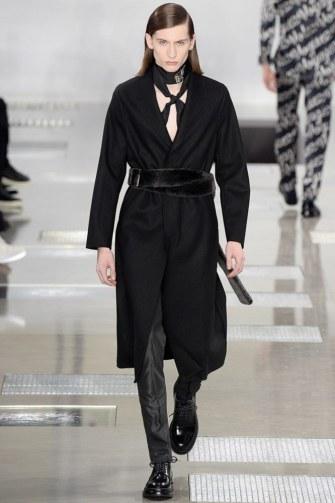 Louis-Vuitton-fall-2016-menswear-pfw-22