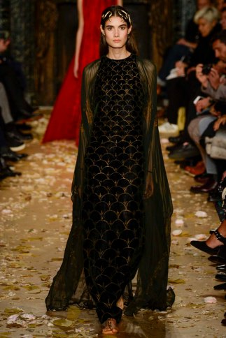 Valentino-couture-spring-2016-pfw-2