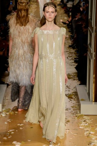 Valentino-couture-spring-2016-pfw-20