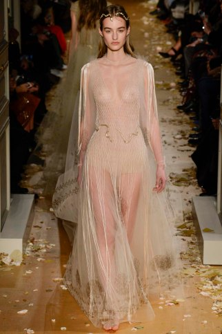 Valentino-couture-spring-2016-pfw-24