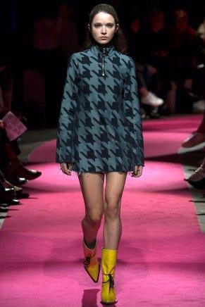 Marques-Almeida-AW16-lfw-rtw-womenswear-8