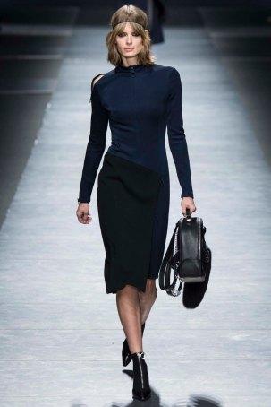 Versace-aw16-milanomodadonna-mfw-womenswear-1