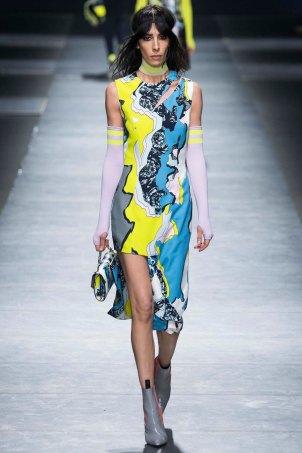 Versace-aw16-milanomodadonna-mfw-womenswear-12