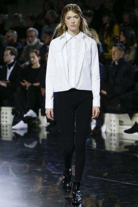 Courrèges-aw16-pfw-rtw-womenswear-5