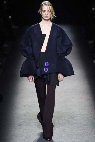 Jacquemus-aw16-pfw-womenswear-rtw-8