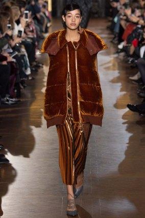 StellaMcCartney-aw16-pfw-rtw-womenswear-1