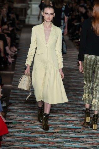 Dior-resort-2017-slashitmag-fashion-30