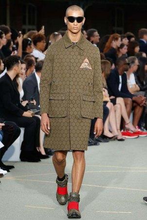 Givenchy-spring-2017-menswear-slashitmag-pfw-11