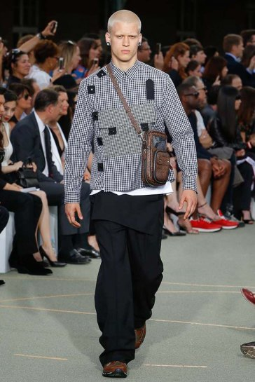 Givenchy-spring-2017-menswear-slashitmag-pfw-17