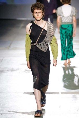 Vivienne-Westwood-spring-2017-menswear-mfw-slashitmag-fashion-5