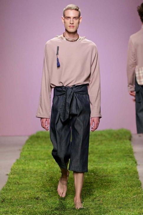Jenevieve-Lyons-SS17-slashitmag-fashion-menswear-18