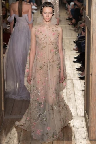 Valentino-fall-2016-couture-pfw-fashion-18