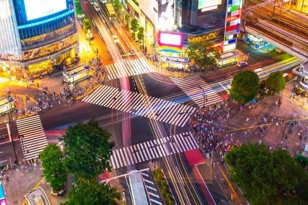Bloomberg's Japanese Rival UZABASE Says Translation Volumes Set to Grow