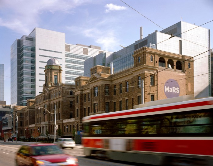 Tour: MaRS Discovery District! – SLA Toronto Student Group!