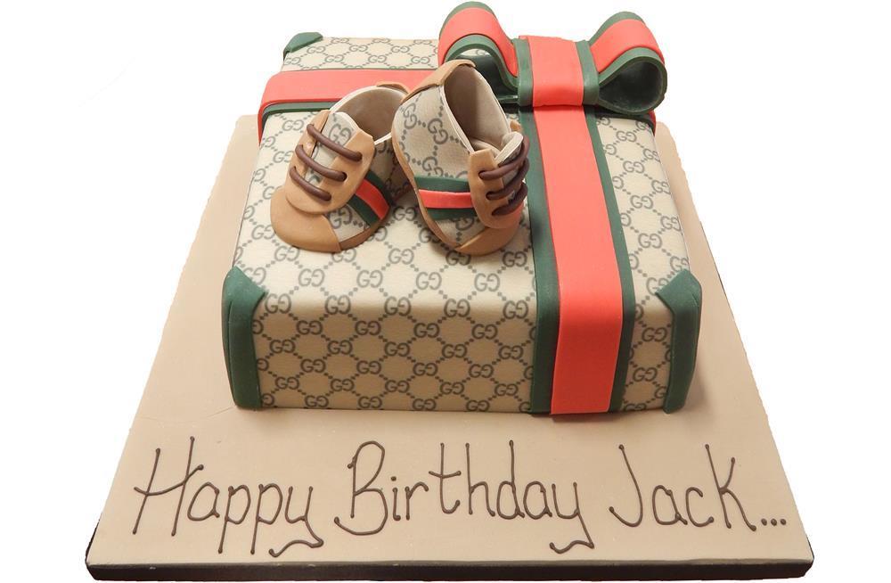 Chanel Present Cake  Pink