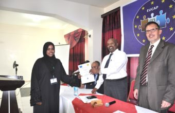 SL-Attorney-General-Giving-Certificates-to-the-Workshop-Participants-and-EUCS
