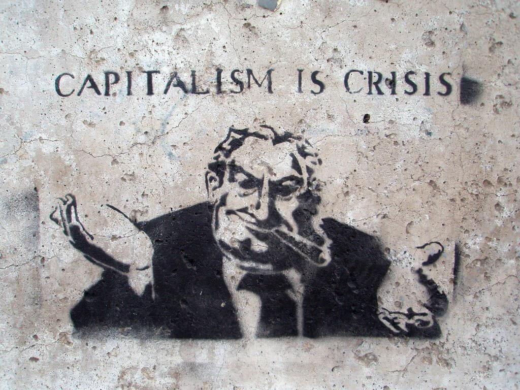 Kambing hitam bernama kapitalisme