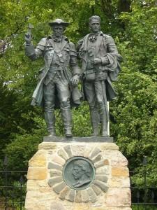 Statue of Alan Breck Stewart and David Balfour on Corstorphine Hill, Edinburgh.