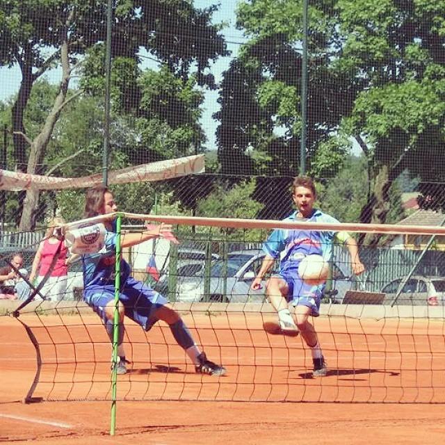 Footvolley, futnet siatko noga z trenerem osiedlowym.