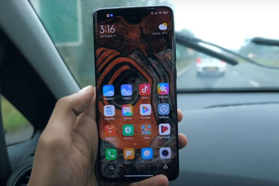 Xiaomi Mi 10 Ultra Front Side