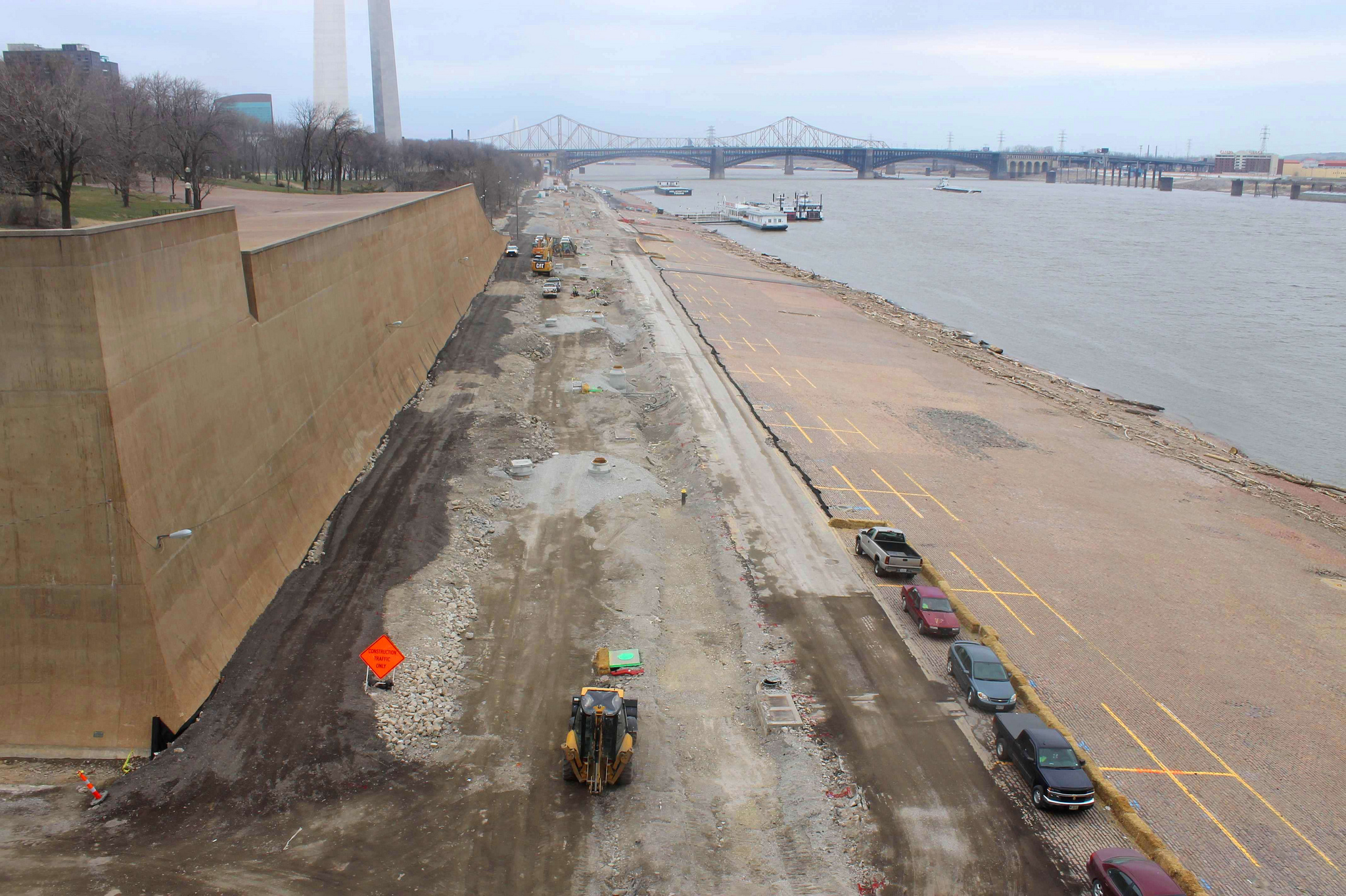 Gateway Arch Park Construction near River
