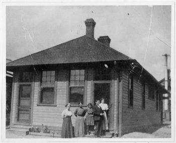 Cache Junction Café, 1914