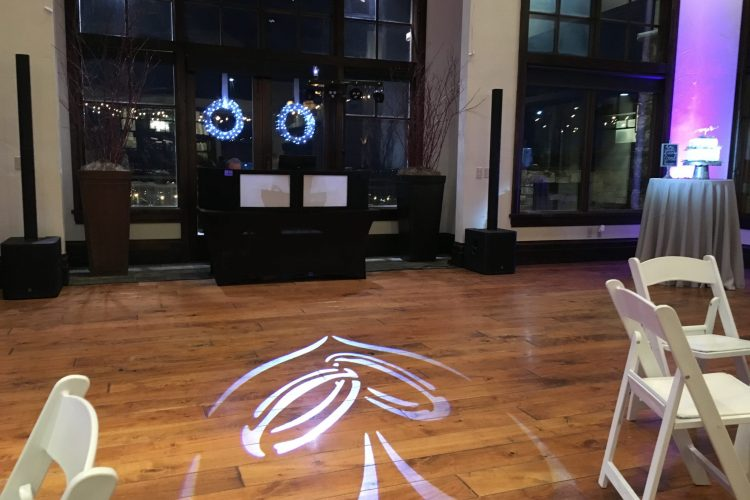 dancefloor picture with gobo projection on floor in shape of heart