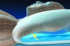 Description: A diagram illustrates how a Water Pillow can help support the head and neck during sleep.