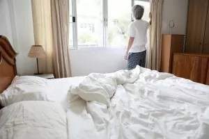 Solutions for a hot and stuffy bedroom