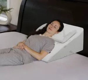 Using a wedge pillow