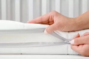 why do memory foam mattresses have fiberglass in them