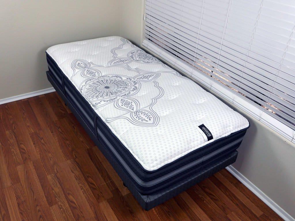 Simmons Beautyrest Black Mattress Review  Sleepopolis