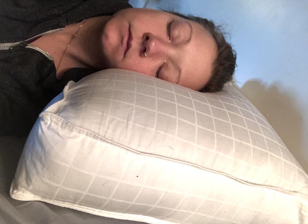 Beyond Down Gel Fiber Side Sleeper Pillow Review