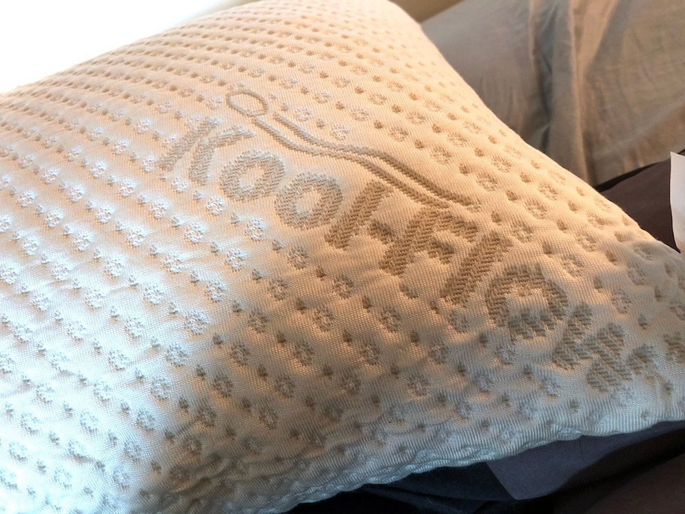 xtreme comforts bamboo pillow review