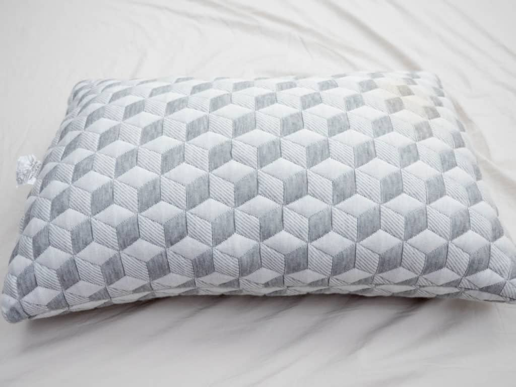 Memory Foam vs Latex Foam Pillow Review  Which is Best for You