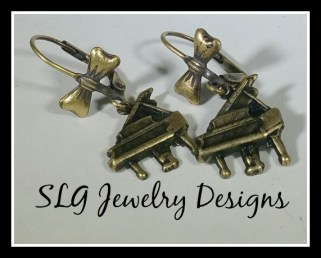 piano earrings with bows