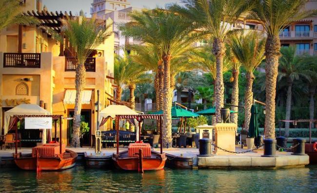 A Photography date to Madinat Jumeirah, Dubai