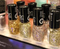 Glitter and glam - lots more to grab