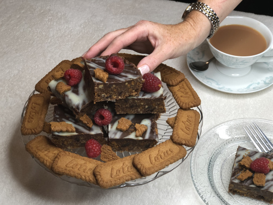 Vegan Biscoff Tiffin