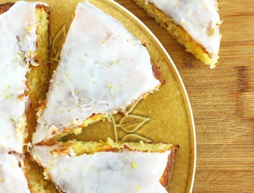 Den bedste, mest lækre og saftige citronkage med kærnemælk